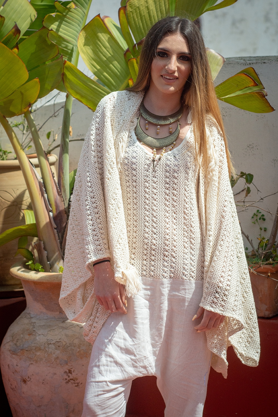 SUMMER 19 – BOHO CHIC – GILET OVERSIZE COURT EN CROCHET – TENDANCE UNIQUE – MONACO